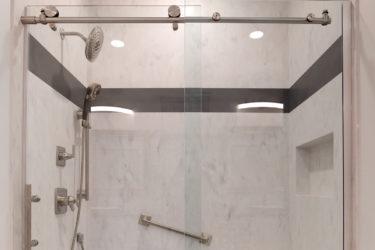 Corian® Rain Cloud & Carbon Concrete